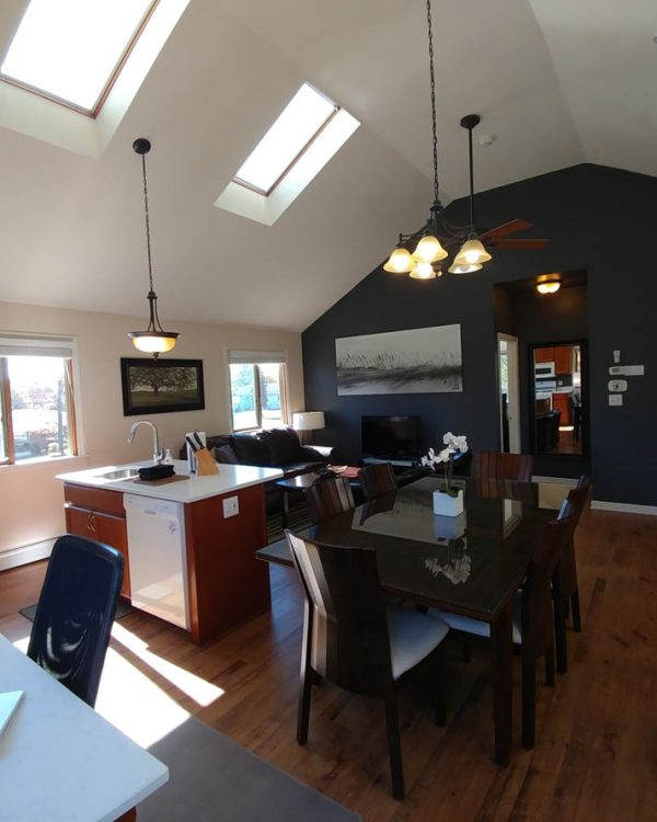 dream-retreat-guest-vacation-rental-chicago-lake-indiana